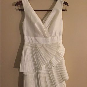 White Max and Cleo Dress Size 4